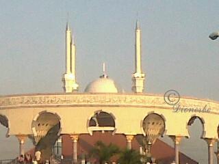 Masjid Agung Jawa Tengah (MAJT) di Jln. Gajah Semarang